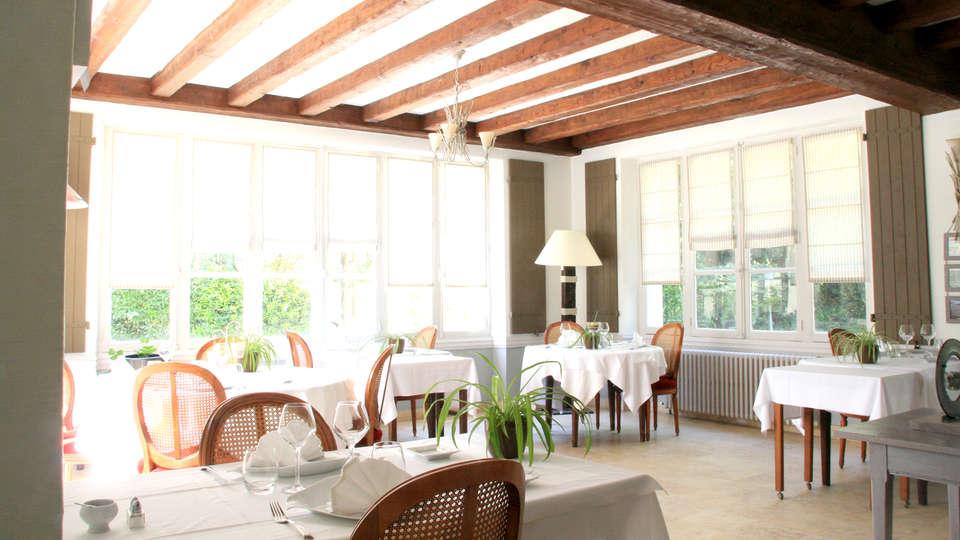 Hôtel Saint-Paul - Edit_restaurant3.jpg