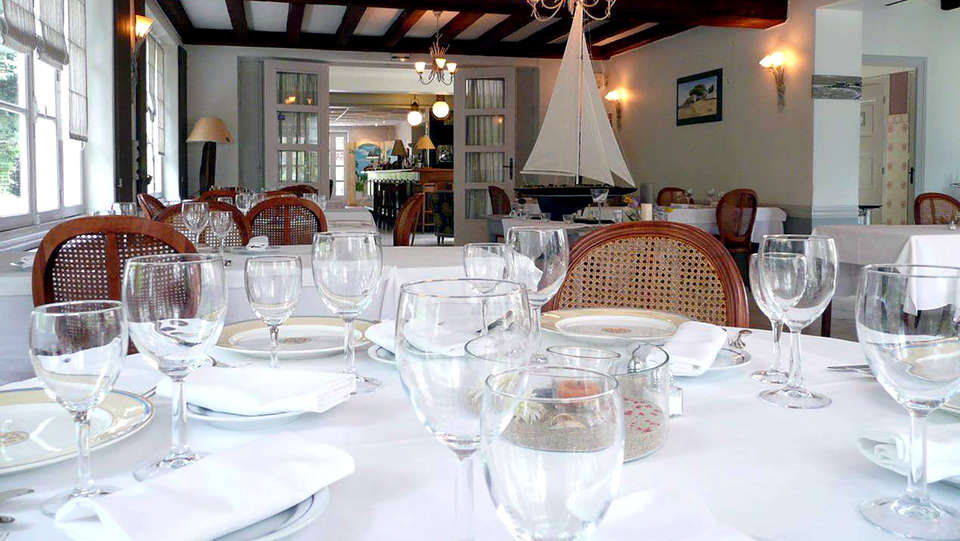 Hôtel Saint-Paul - Edit_Restaurant2.jpg
