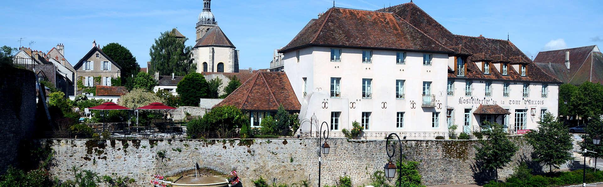 Hostellerie de la Tour d'Auxois  - Edit_Front.jpg