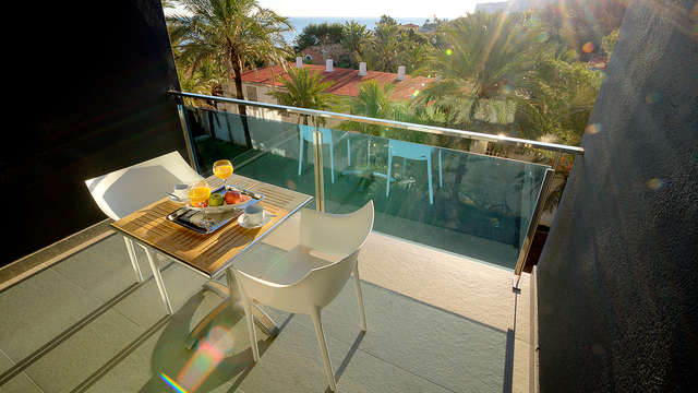 Vue sur la mer Méditerranée dans un appartement pour 2 à 5 personnes (à partir de 2 nuits)