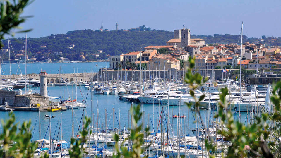 Marineland Resort - EDIT_destination2.jpg