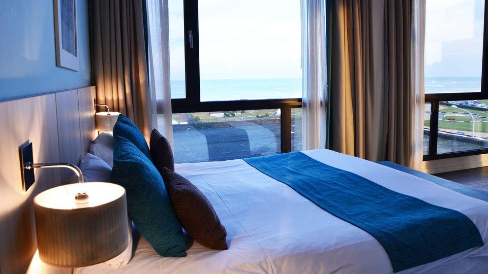 Grand Hôtel du Casino de Dieppe - EDIT_NEW_room.jpg