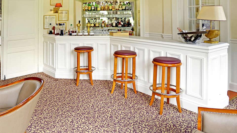 Najeti Hôtel Château Cléry - Edit_Bar2.jpg