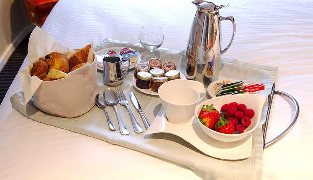 Hotel Manos Premier - roomservice