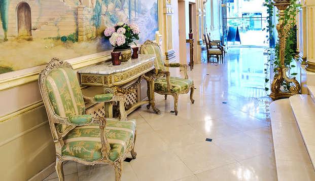 Hotel Manos Premier - lobby