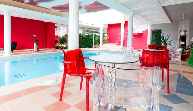 Hotel Restaurant Le Fruitier - pool
