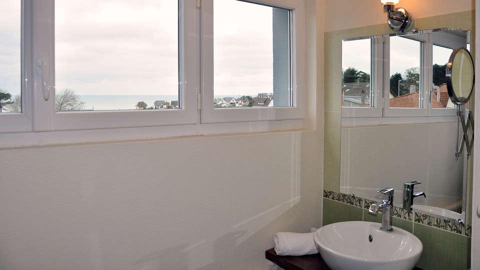 Hostellerie de la Vieille Ferme - edit_bathroom_confort1.jpg