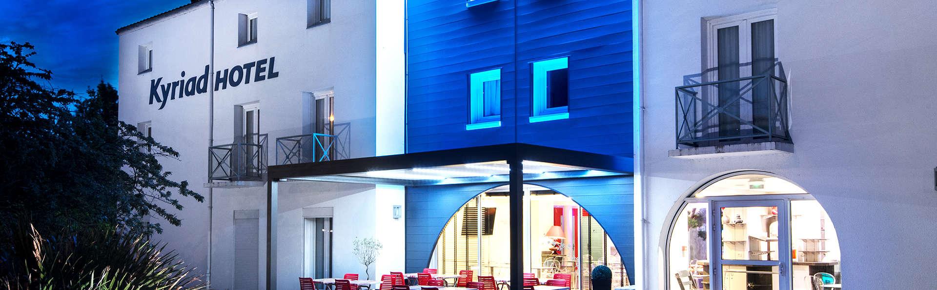 Hotel Kyriad La Rochelle Centre Ville - EDIT_Exterior.jpg