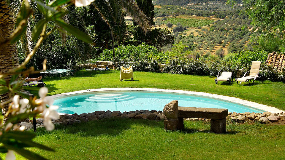 Villa Asfodeli - Edit_Pool2.jpg
