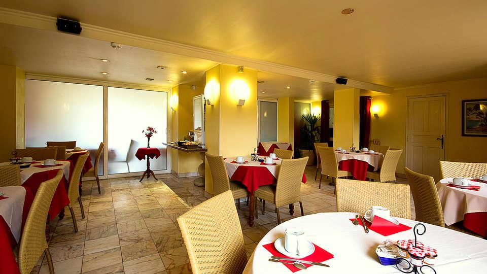 Hôtel Le Dauphin - Arcachon - EDIT_breakfast1.jpg