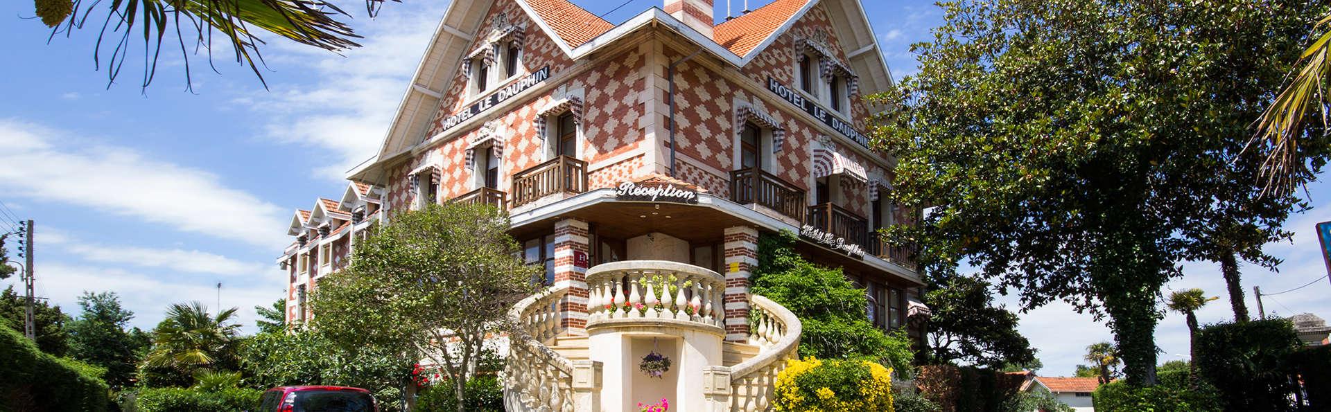 Hôtel Le Dauphin - Arcachon - EDIT_front1.jpg