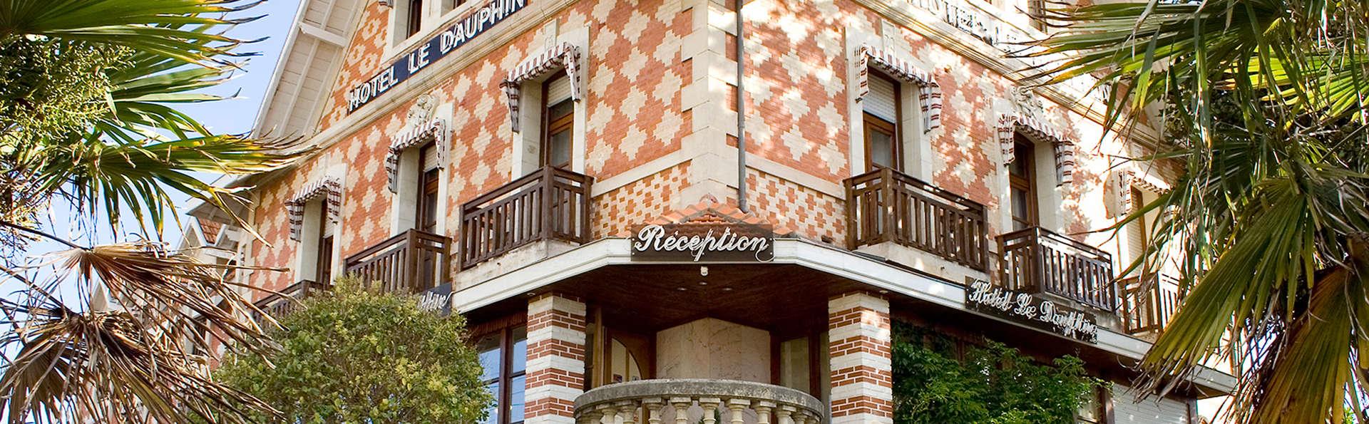 Hôtel Le Dauphin - Arcachon - EDIT_front2.jpg