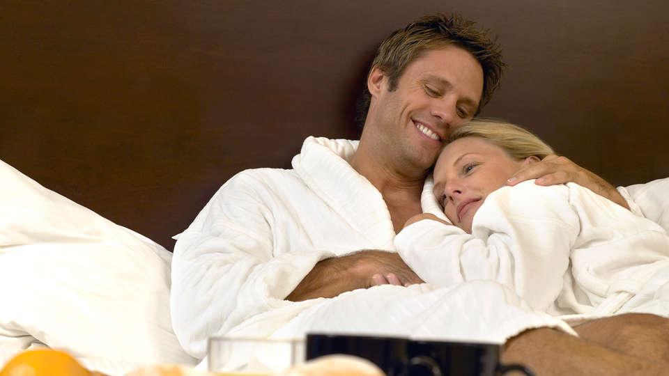 Brit Hôtel Spa Le Connetable (Adults Only) - EDIT_Sleep.jpg