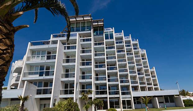 Hotel les bains de Camargue Spa by Thalazur - front