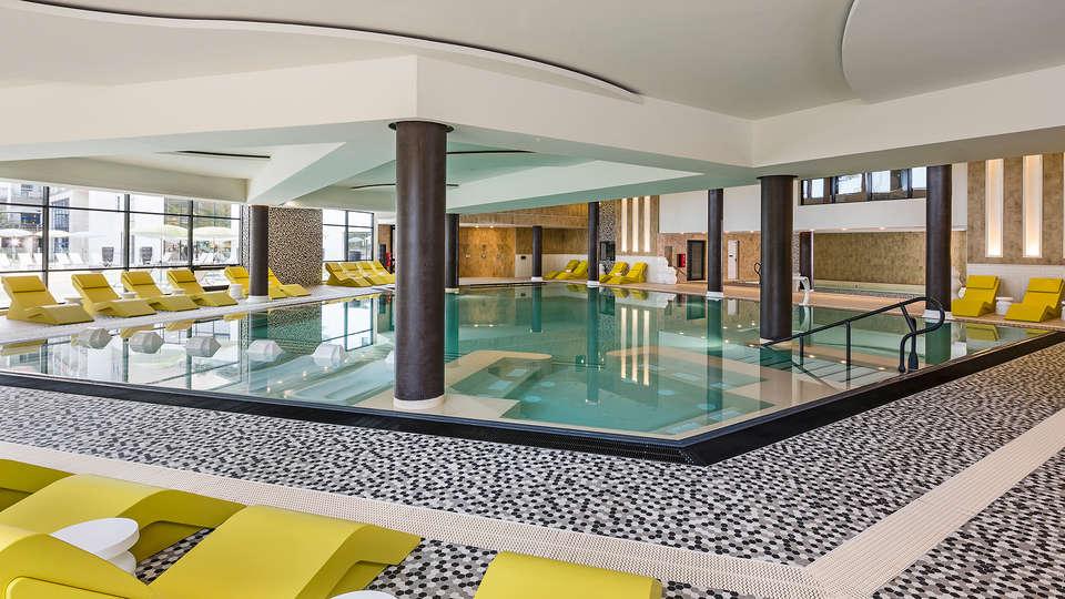 Hôtel les bains d'Arguin & Spa by Thalazur - edit_pool3.jpg