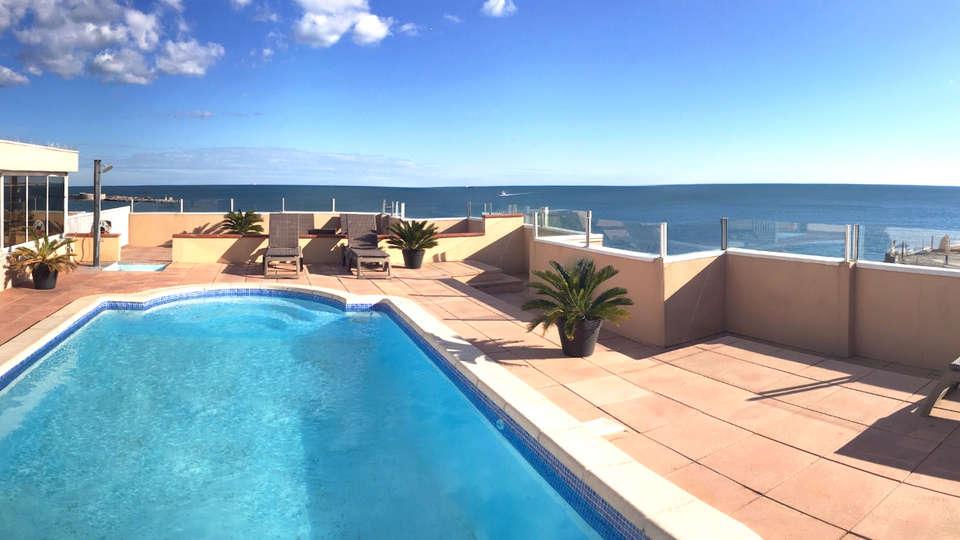 Hôtel Port Marine, Sète - EDIT_Pool.jpg