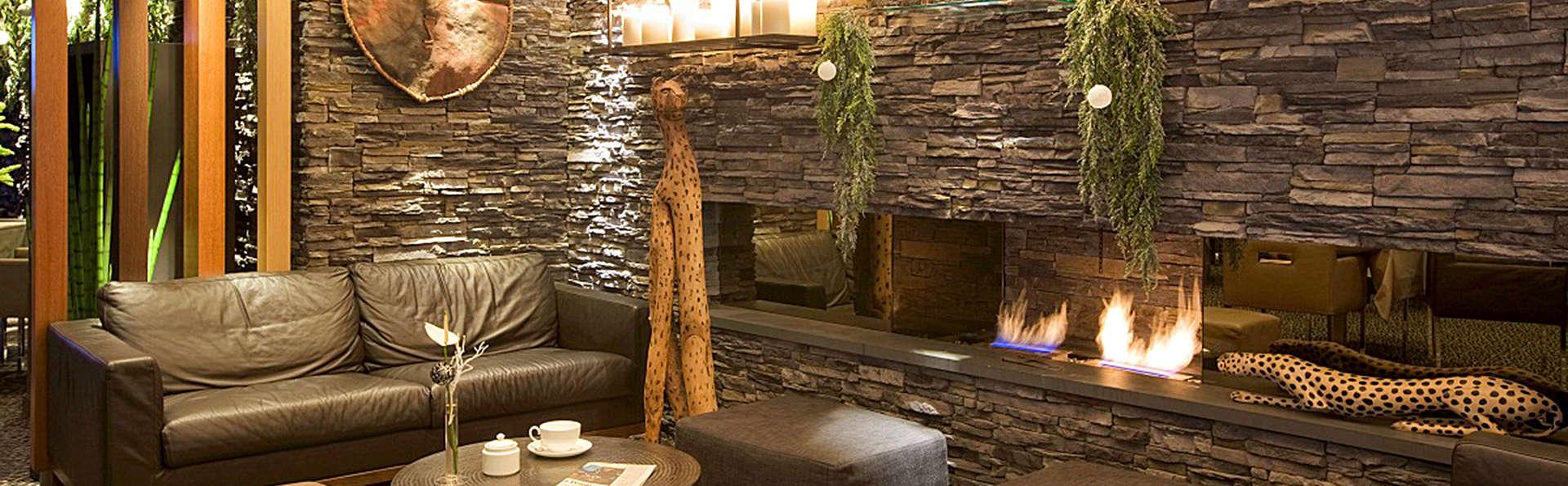 Jiva Hill Resort - EDIT_Lounge.jpg
