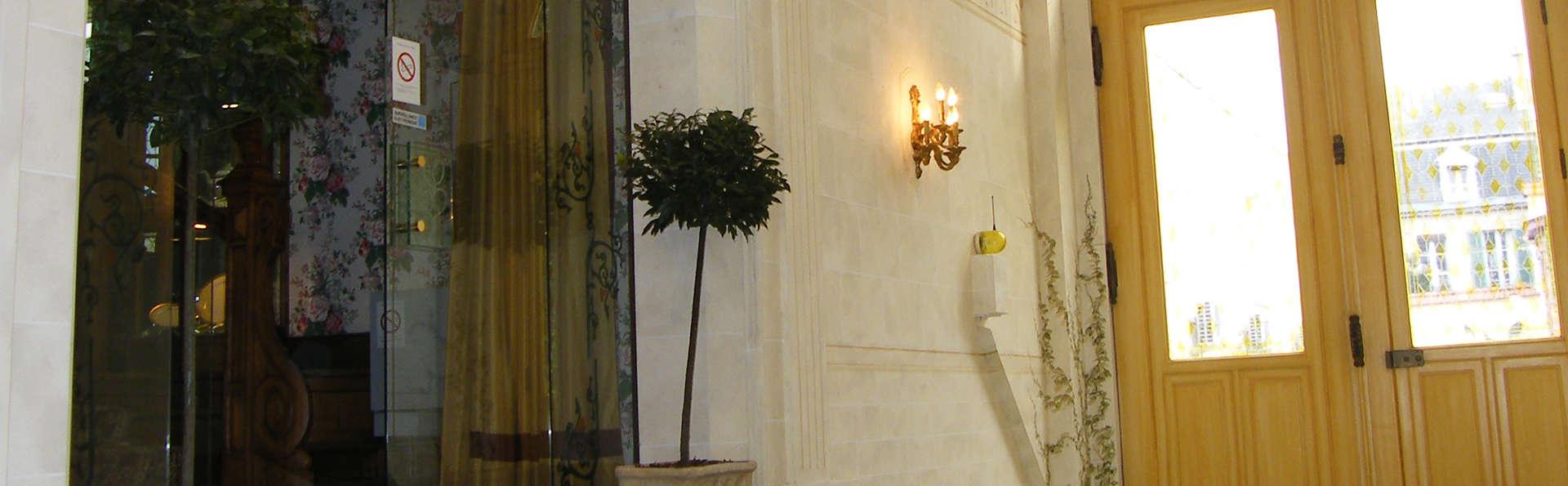 Grand Hôtel des Templiers - EDIT_entry.jpg