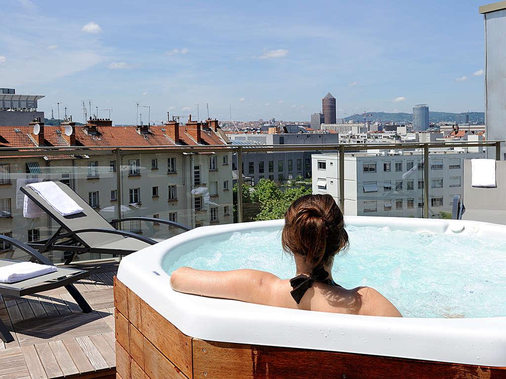 Séjour Rhône-Alpes - Week-end avec vue imprenable sur la ville, en plein coeur de Lyon  - 4*