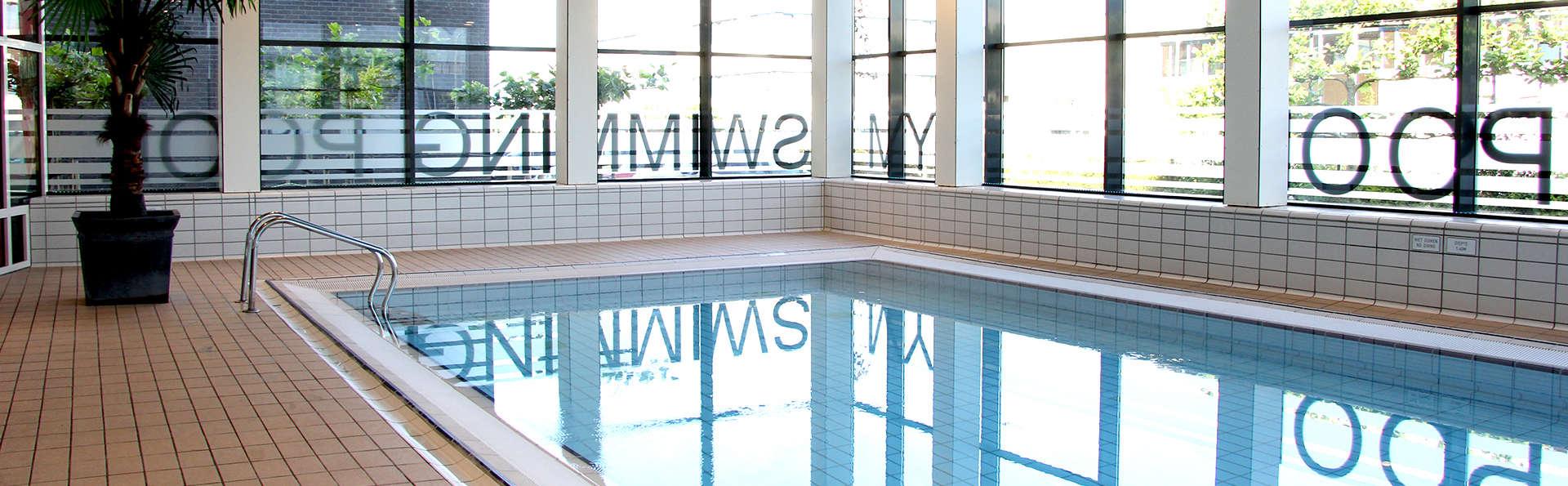 Détente dans une chambre de luxe à proximité du magnifique centre-ville d'Amsterdam