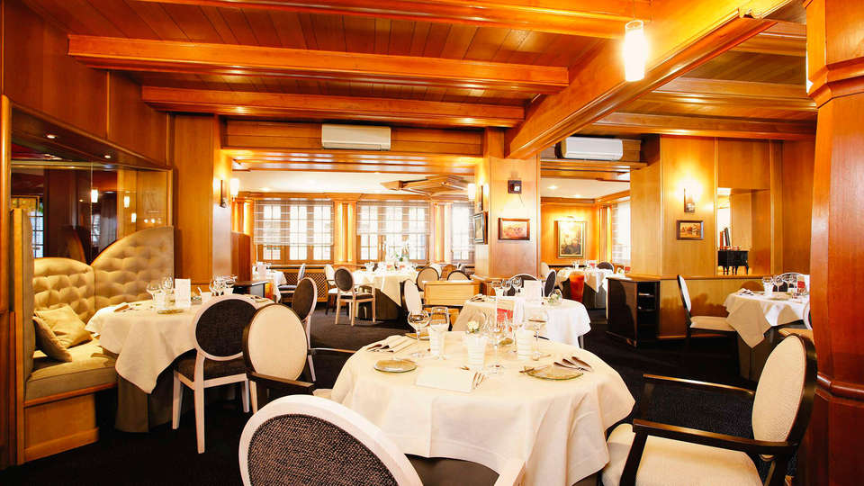Le Cerf - EDIT_restaurant.jpg