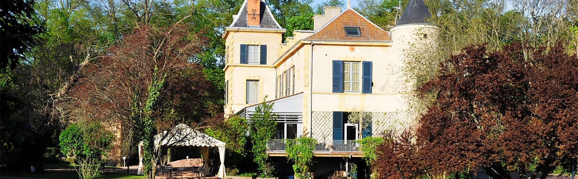 Le Château de Champlong - EDIT_ext1.jpg