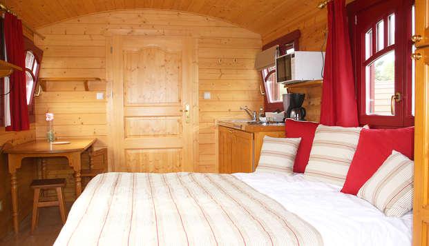 Oferta exclusiva: Escapada relax e insólita en una roulotte hotelera para 2 personas