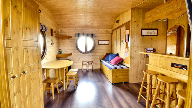 Week-end insolite dans une cabane de Sam à 45 minutes de Paris (jusqu'à 6 personnes)