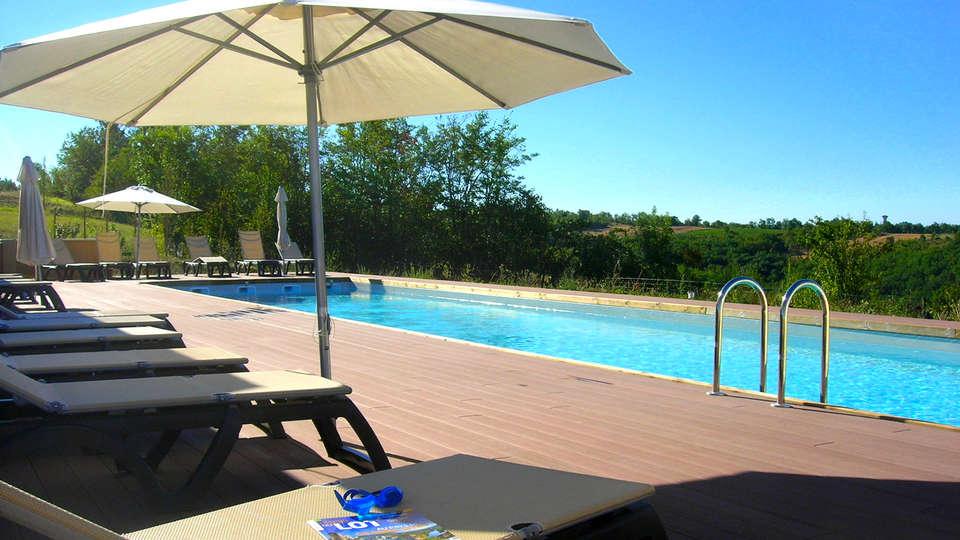 Les Hauts d'Albas - EDIT_Pool2.jpg