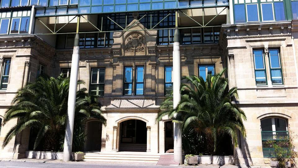 Mercure Bordeaux Château Chartrons - EDIT_facade.jpg