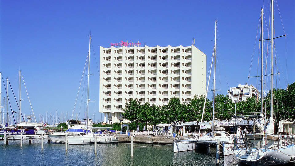 Mercure La Grande Motte Port - EDIT_facade.jpg