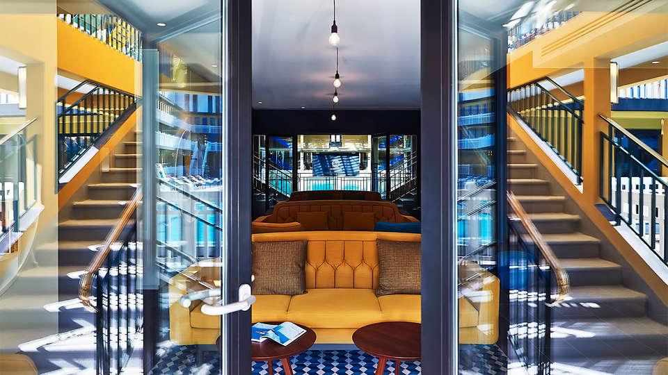 Week end de luxe paris avec acc s au spa pour 2 adultes for Centre detente paris