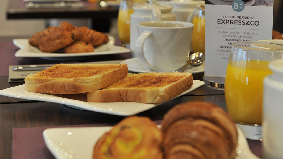 Mercure Paris Saint-Cloud Hippodrome - edit_breakfast.jpg