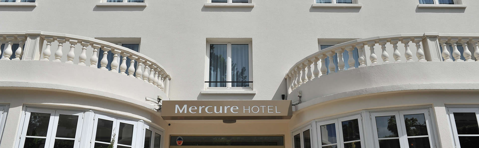 Mercure Paris Saint-Cloud Hippodrome - edit_front1.jpg