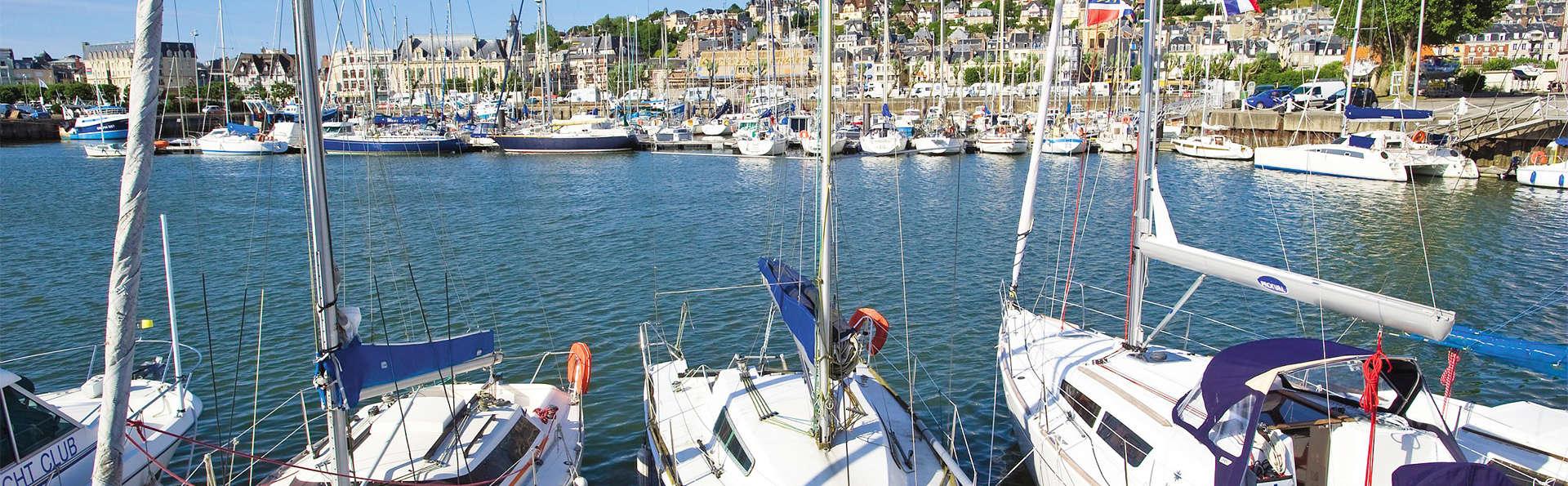 Pierre et Vacances Résidence Les Embruns Deauville - EDIT_boats.jpg