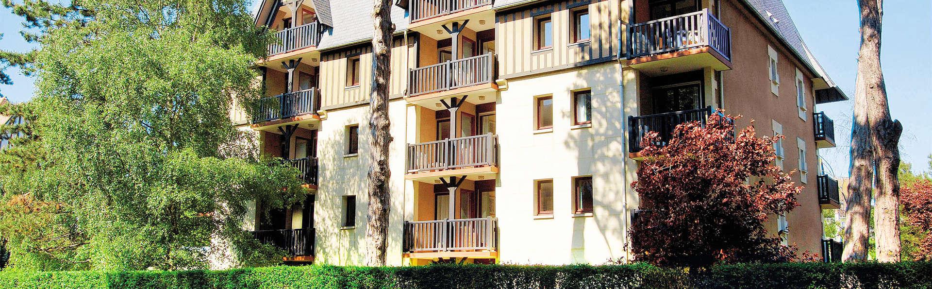 Pierre et Vacances Résidence Les Embruns Deauville - EDIT_front2.jpg