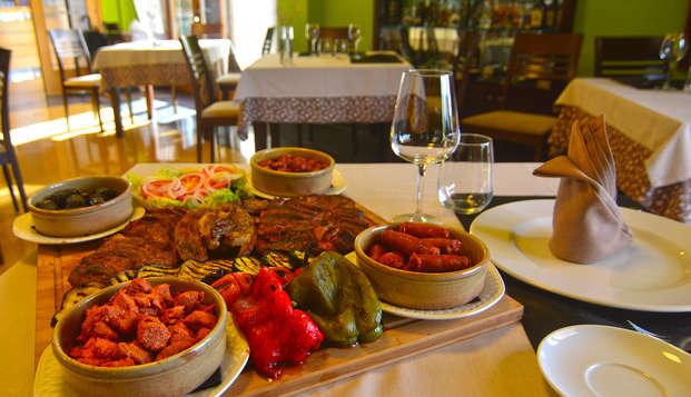 Escapada con Cena gastronómica a un paso de Pontevedra