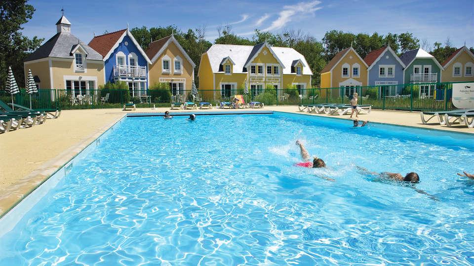 Pierre et Vacances Village Belle Dune - EDIT_pool8.jpg