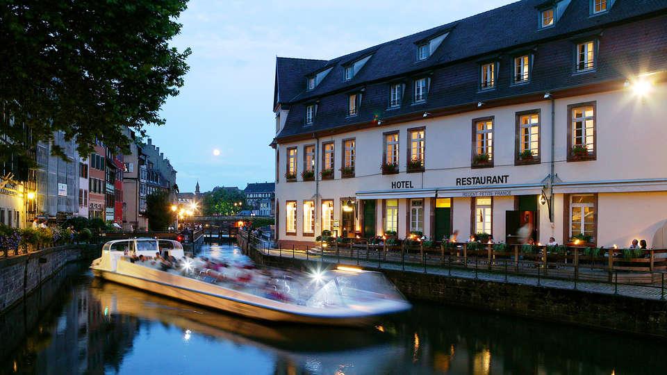 Hôtel & Spa RÉGENT PETITE FRANCE - edit_Facade_restaurant_1_bateau_mouche.jpg