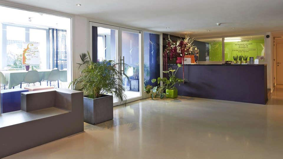Appart Hotel Corbie Geel - EDIT_Reception.jpg