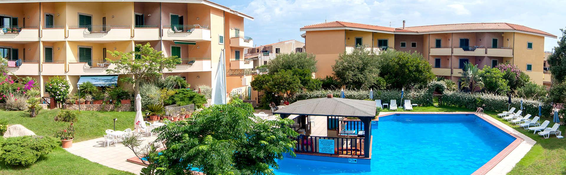 Residence I Mirti Bianchi - Edit_Pool3.jpg