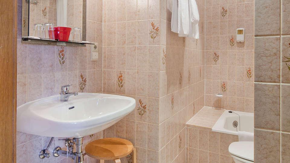 Auberge de la Gaichel - EDIT_bath2.jpg