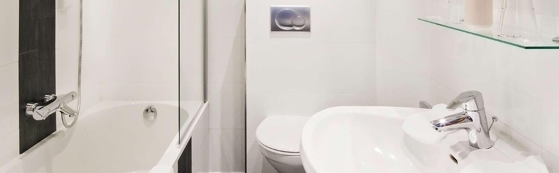 Auberge de la Gaichel - EDIT_bath1.jpg