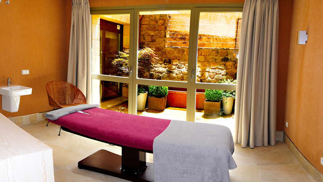 Artesa Suites Spa Adults Only