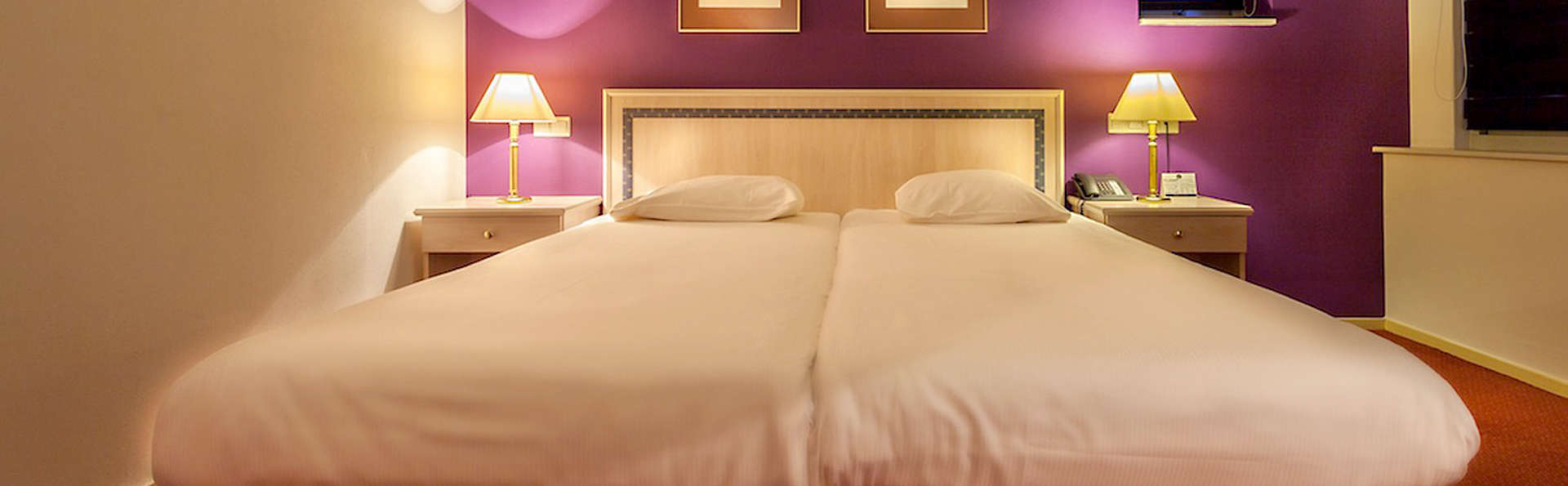 City Hotel Stadskanaal - EDIT_Room.jpg