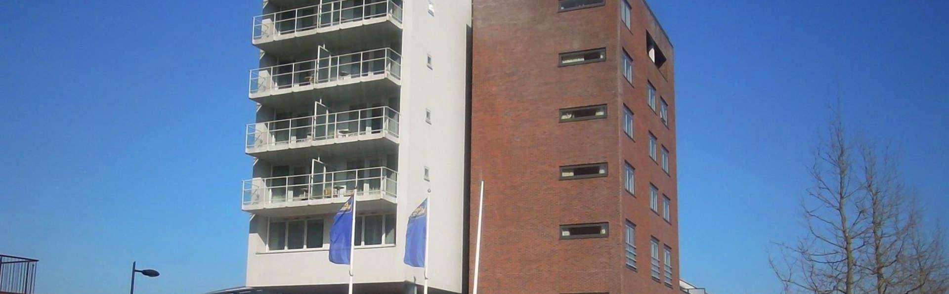 City Hotel Stadskanaal - EDIT_Exterior.jpg