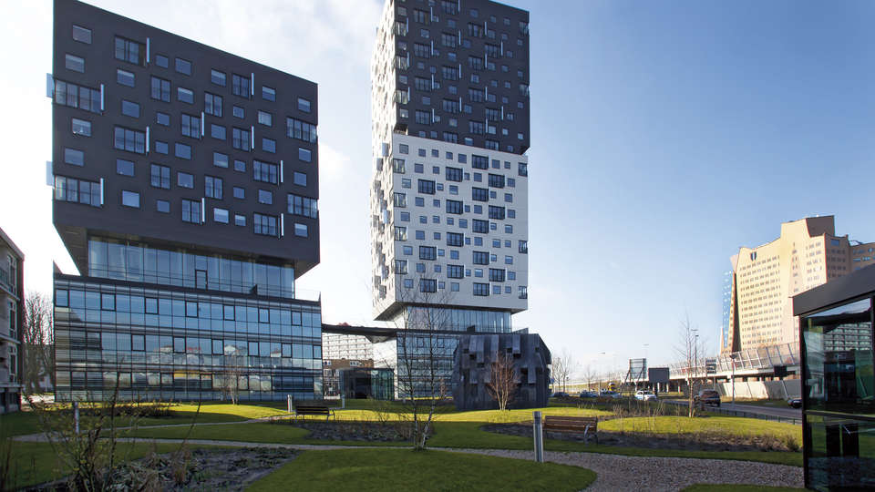 Apollo Hotel Groningen - EDIT_front2.jpg