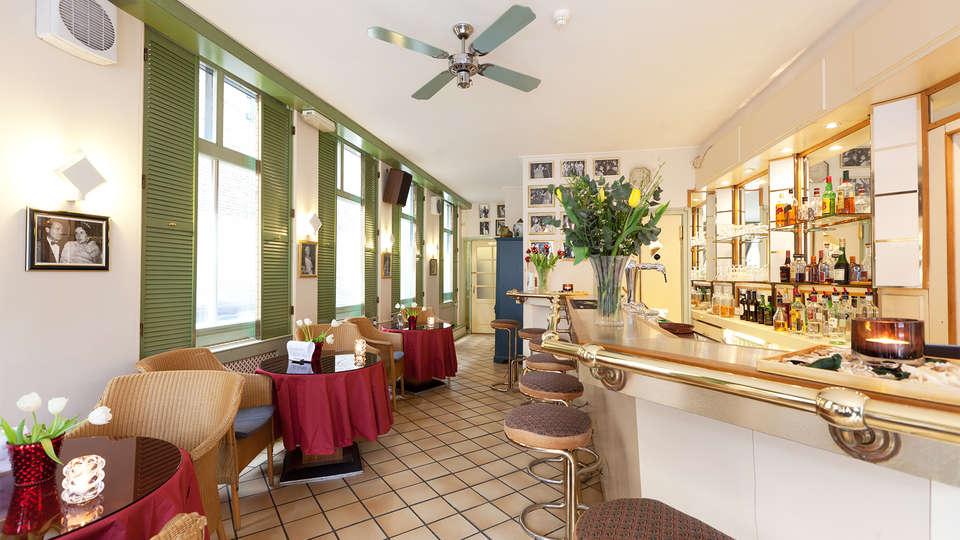 Best Western Museumhotels Delft - EDIT_bar.jpg