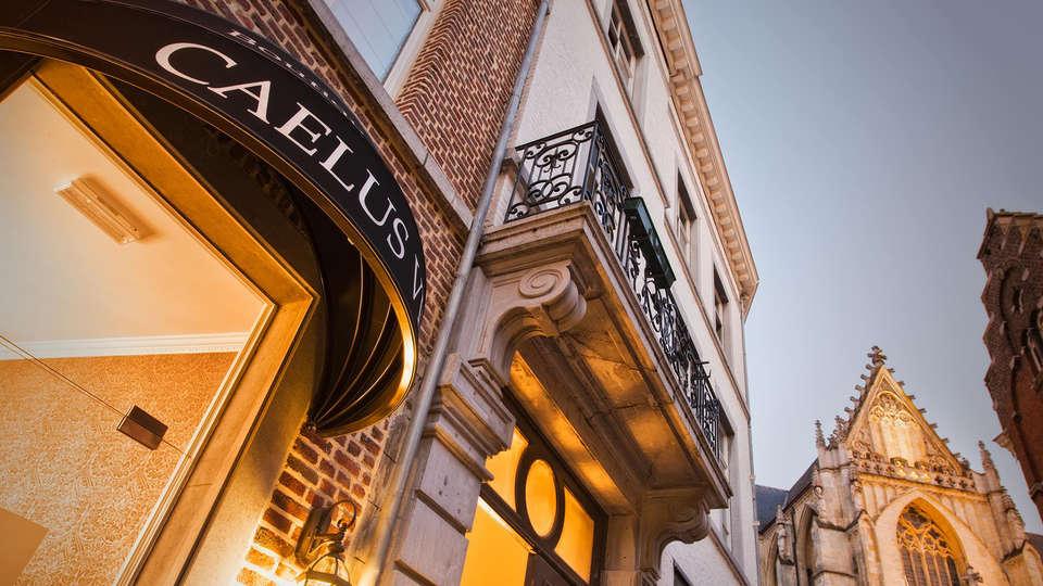 Boutique Hotel Caelus VII - EDIT_Exterior.jpg