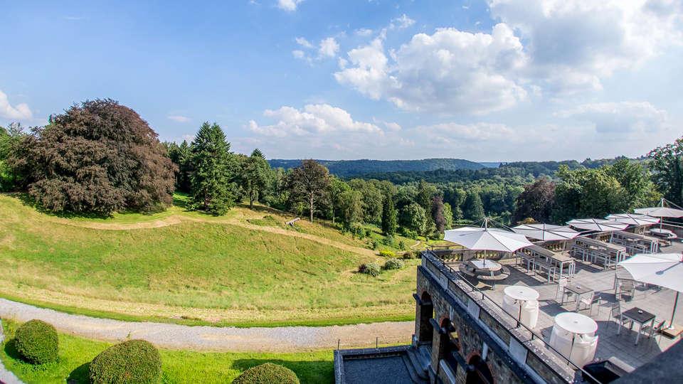 Château de la Poste - EDIT_Terrace1.jpg